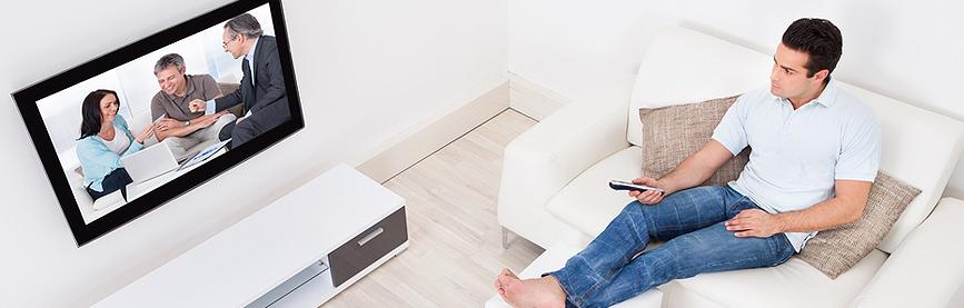 Flatscreen TV ophangen aan de muur